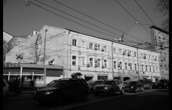 Современный вид дома. Фото: Михаил Кончиц, архив Общества «Мемориал»