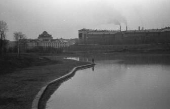 Вид с территории Дворца пионеров. 1963 г. Фото: Евгений Людников, PastVu