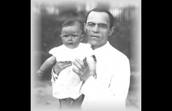 Н. Д. Кондратьев c дочерью Еленой. 1926. Фото: РГАЭ. Ф. 769. Оп. 1. Ед. хр. 52, kondratieff.nw.ru