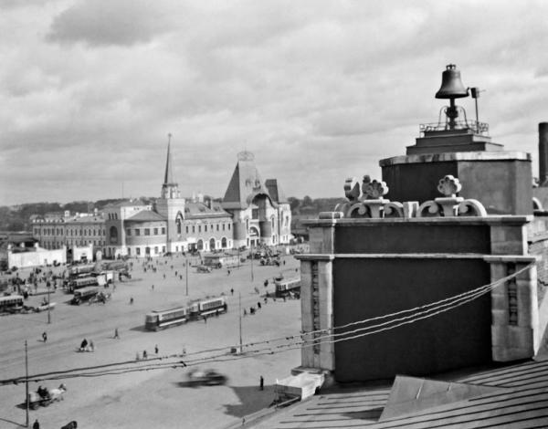 Каланчевская площадь. Вид с Казанского вокзала