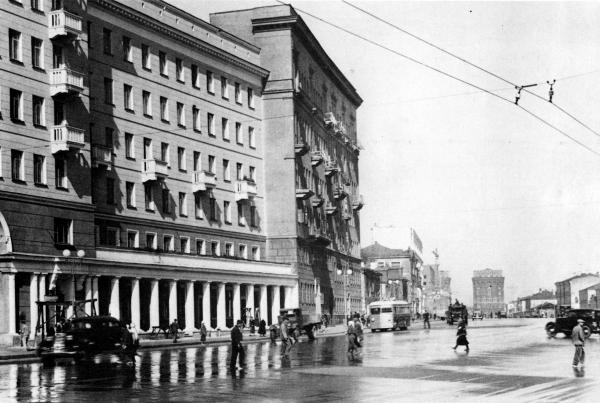 1-я Мещанская улица. 1935–1940 гг. Фото: PastVu