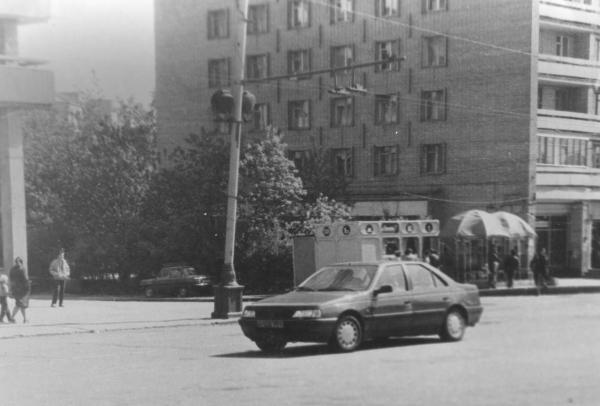Поворот на 1-ю улицу Ямского поля. 1990-е гг.. Фото: PastVu