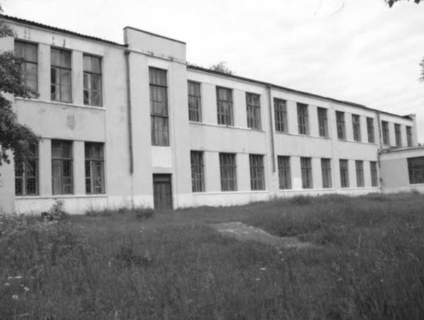 Средняя школа № 1. Фото: Krutoy, Фотогорода