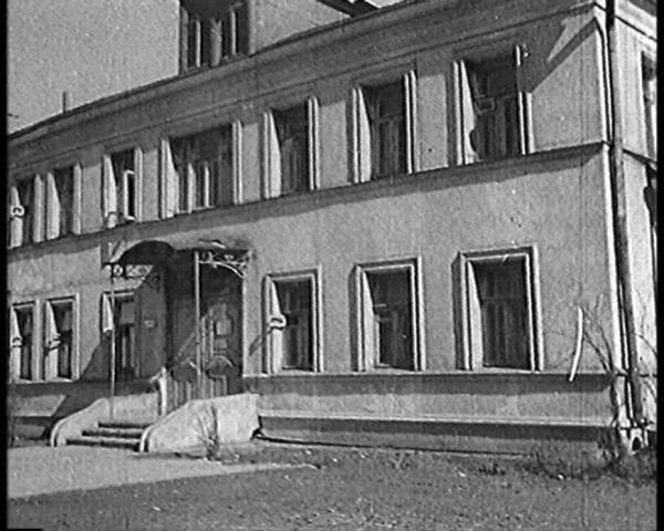 «Дом Маяковского» в Гендриковом переулке