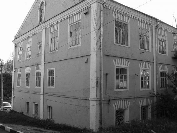 Корпус текстильной фабрики в бывшей деревне Максимова. Фото: korolew.livejournal.com