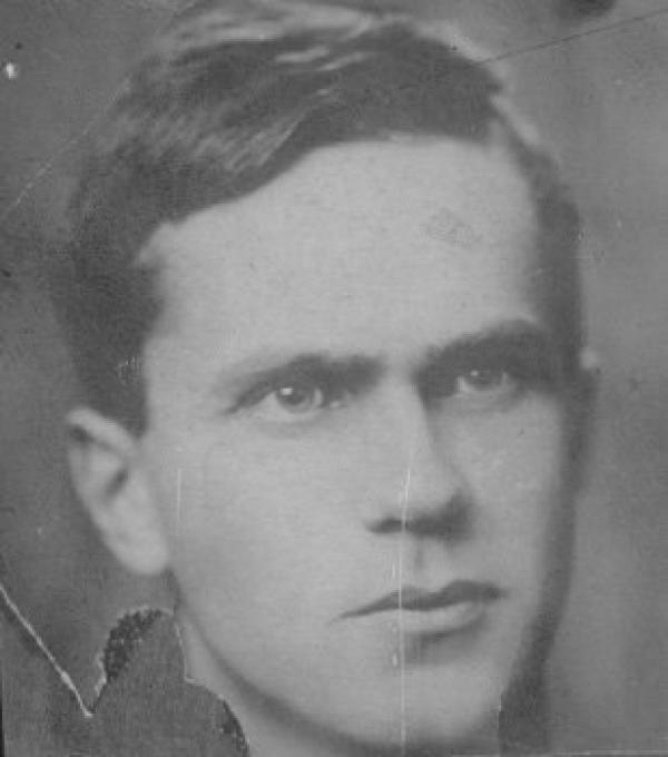 Шаламов после возвращения из Вишерских лагерей