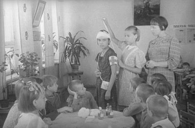 В детском доме «Молодая гвардия». 1941 г. Фото: spr.ru