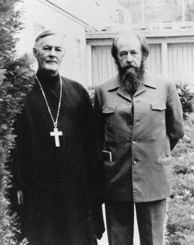 С отцом Александром Шмеманом в Свято-Владимирской семинарии. Крествуд, Нью-Йорк, декабрь 1976 г. Фото: colta.ru