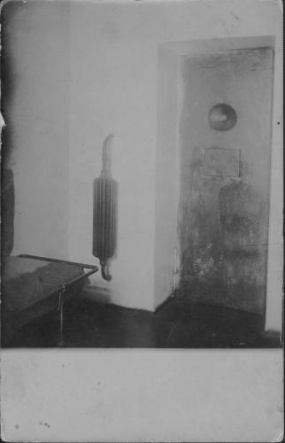 Одиночная камера Московской военной тюрьмы. 1905–1906. Фото: ГАРФ. Ф. 533. Оп. 6. Д. 5754