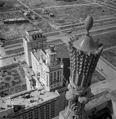 Вид из высотного дома. 1952–1953. Фото: PastVu