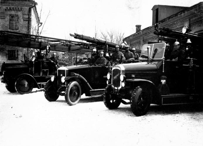 Якиманская пожарная часть на углу Житной улицы и Казанского переулка во второй половине 1920-х годов. Фото: PastVu